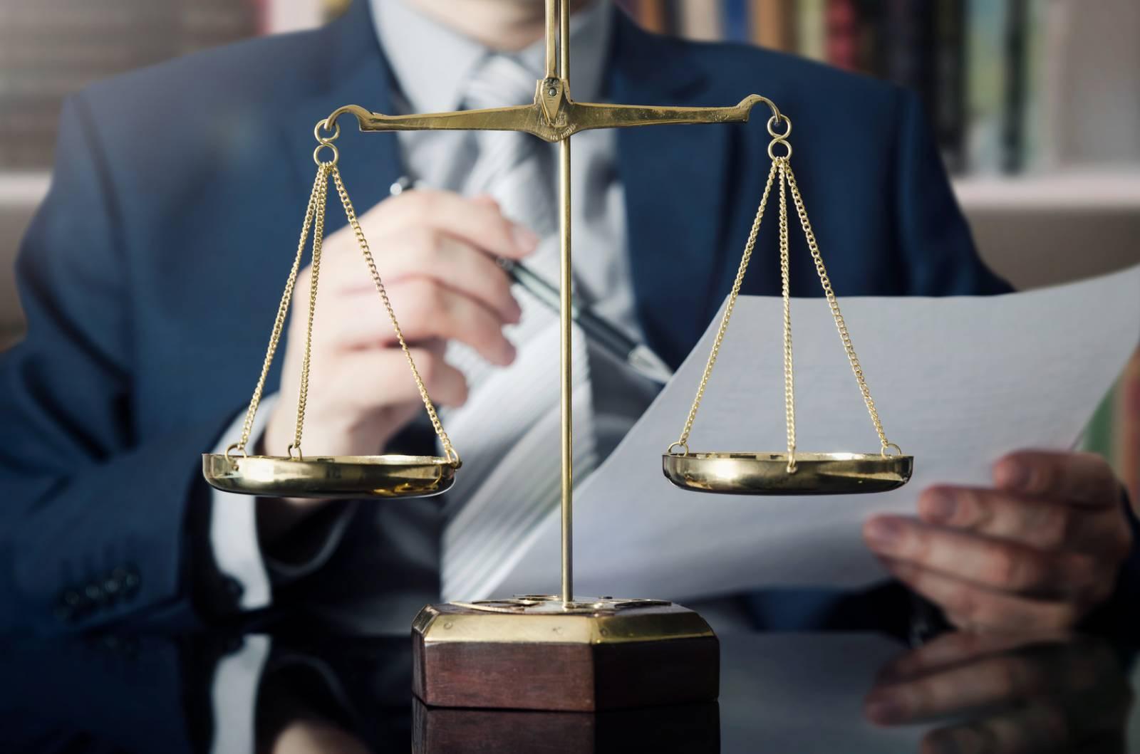 avocat des affaires