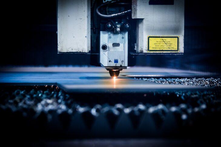 avantages de la découpe laser