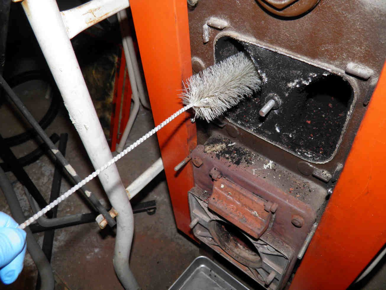 ramonage d'une chaudière à gaz